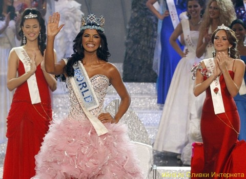 Короновала победительницу мисс вселенная 2011 лейла лопес из анголы