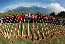 Международный фестиваль альпийских рожков в Нендазе