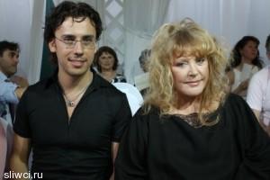 Пугачева и Галкин впервые показали детей