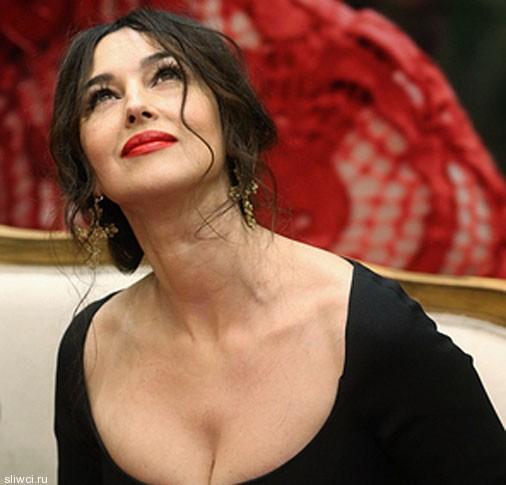 Моника Белуччи приехала в Москву и вызвала переполох