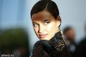 Ирина Шейк выложила «честное» селфи в белье