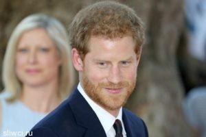 Принц Гарри хочет снять с себя королевские обязанности, чтобы жениться