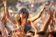 Жительница Великобритании родила рок-фестивале