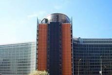 В Европе введут универсальное зарядное устройство для мобильников