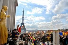 Во Франции туристов будут штрафовать за обнаженную грудь и торс