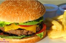 Вместе с чизбургерами рекомендуют выдавать медикаменты