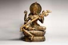Тайванец женился на статуе богини