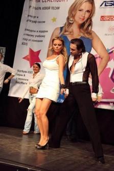 Анна Семенович сбросила десять килограмм с помощью голодания