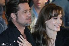 Джоли и Питт сыграют свадьбу в Индии