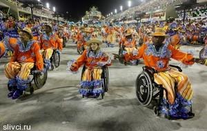 Каждый бразилец мечтает, хоть один раз в жизни удостоится великой чести пройти в составе представителей одной из танцевальных школ на Самбадром