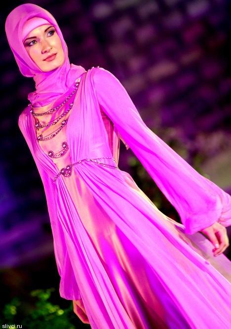 Коллекция модной одежды для мусульманок от Медни Кадыровой