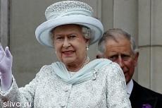 На юбилей правления Елизаветы II пришли эсэсовцы