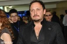 Стас Михайлов подарит гостиницу в Сочи родителям