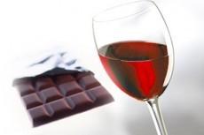 Шоколад и красное вино не лечат сердце