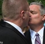 Французское правительство одобрило однополые браки