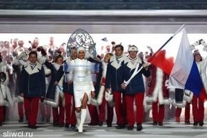 Ирина Шейк чуть не упала на церемонии открытия Олимпиады