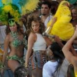 Дженнифер Лопес порадовала откровенными позами на съемках клипа