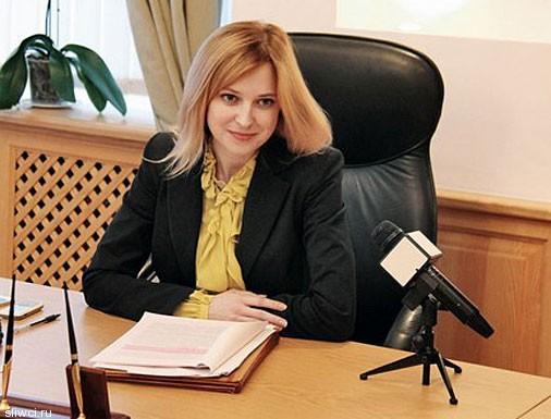 Cексапильная прокурор Няша идет в шоу-бизнес