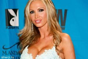Порнозвезда-миллионерша из Киева претендует на пост мэра Торонто