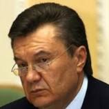 По неподтвержденным данным, семья Виктора Януковича ищет приют в Беларуси