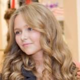 Стефания Маликова заключила первый модельный контракт