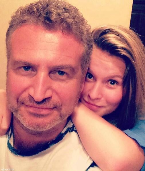 Леонид Агутин показал взрослых дочерей