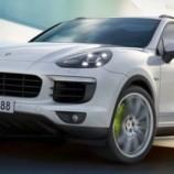 Компания Porsche представила обновленный Cayenne