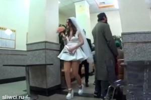 Виктория Дайнеко вышла замуж за барабанщика