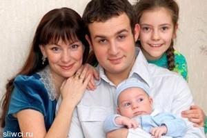 Муж рассказал о разводе с Гришаевой