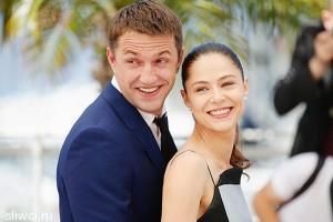 Елена Лядова и Владимир Вдовиченков расписались в загсе
