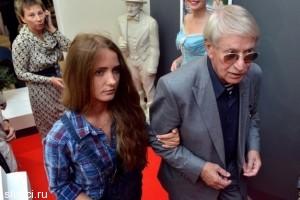 Актер Иван Краско женится на 24-летней ученице
