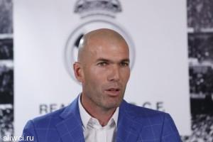 Зидан отказался работать с Роберто Карлосом в «Реале»