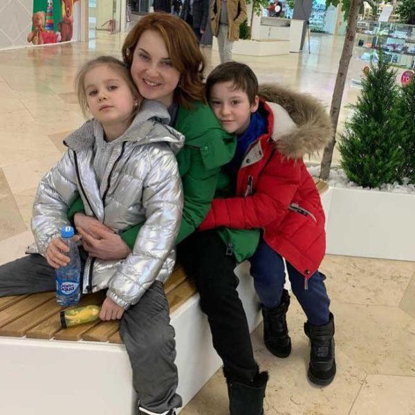 Ирина Слуцкая призналась, что развелась с мужем